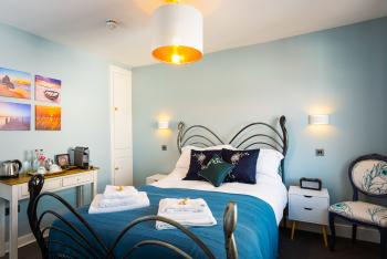 Guest Room 6 - Philpot Room