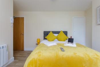 Luxury St Mary Apartments -