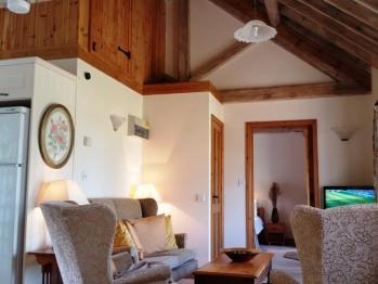 Cottage B lounge