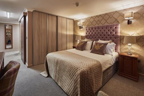 Double room-Ensuite-with Accessible Shower