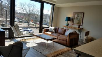 Apartment-Family-Private Bathroom-City View-Room 203 - Base Rate
