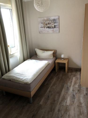 Einzelzimmer-Einfach-Eigenes Badezimmer