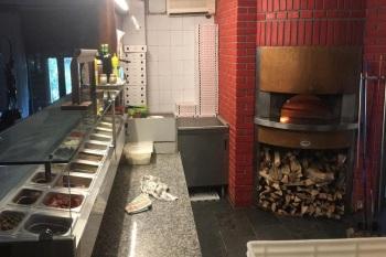 Banco pizzeria e forno