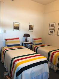 Double room-Private Bathroom-Standard-Mountain View-Guest Room 205 - Cowboy R