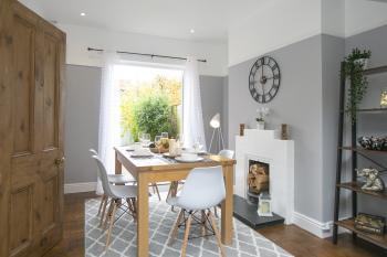 Dining area - modern - comfortable - fresh