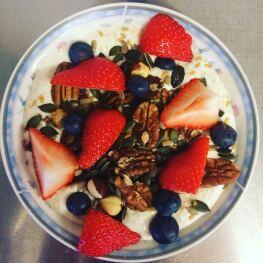 Maryville Tearoom Breakfast Porridge with fruit and nuts