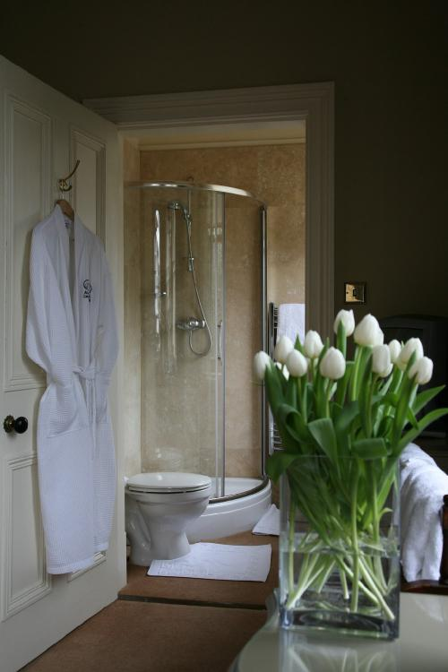 Double room-Superior-Ensuite with Shower-Garden View
