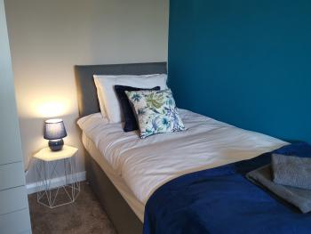 Bedroom 1 with x3 Single beds