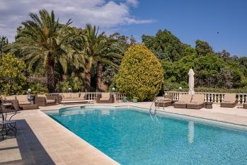 Pool, outdoor furniture & sun deck