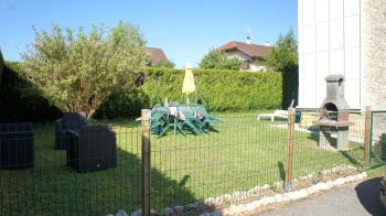 Jardin privé clôturé