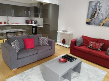 RiiS Apartments Camberley -