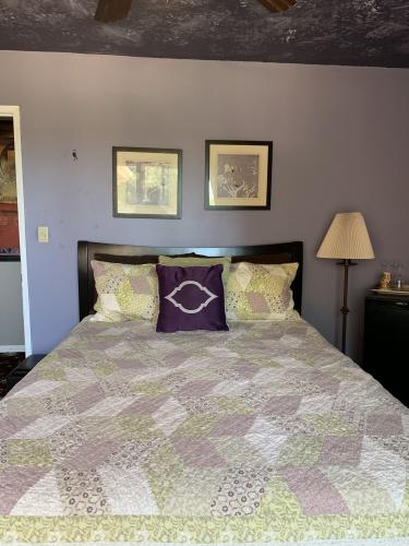 Double room-Ensuite-Wild Rose - Base Rate