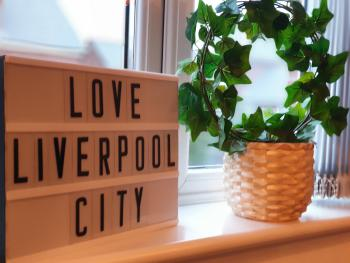 Liverpool Short Stay - Belmont Suite - Modern, Stylish Liverpool House - 10 minutes to Centre.