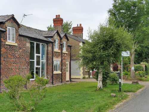 Cottage-Private Bathroom-The Granary