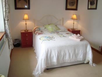 Bedroom 3 Ground floor king size ensuite bedroom