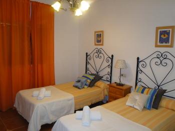 dormitorio 2 camas 110 cm
