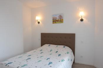 Appartement lumineux 3éme étage - Chambre / lit double