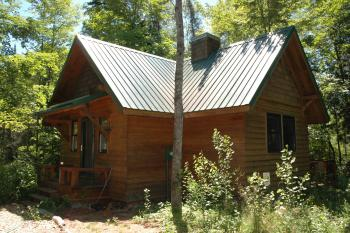 Brickyard Cottage #3-Cottage-Private Bathroom-Woodland view - Base Rate