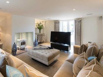Hencote Grange lounge