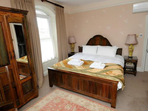 Double room-Standard-Ensuite with Bath-Standard double