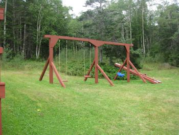 Traytown Cabins Swingset
