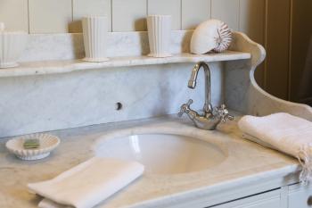 détails salle de bain chambre Passiflore