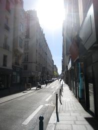 Studio-en Ville-Douche-Vue sur Rue-Étage N°1 - Tarif de base
