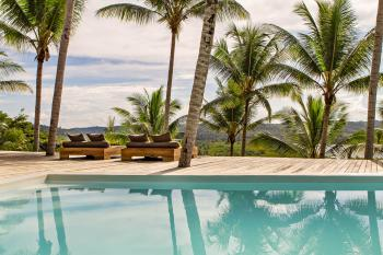KA BRU River Rental Villa - Pool view