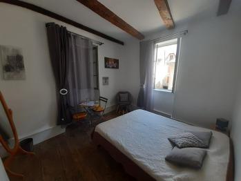 Chambre 2 / 1er étage / salle d'eau commune au deux chambres de l'étage
