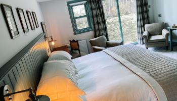 Spacious & Light River House Room - Master Bedroom