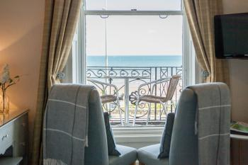 Gloucester House - Double Deluxe Ensuite with Sea View and Private Balcony