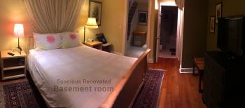 Retreat Room - Daily Hot Breakfast Option (7:30AM - 9:30AM) Spacious & Quiet Basement Level Room