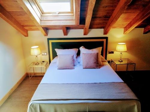 Junior Suite con salón-Baño Privado - My web Con desayuno estandar