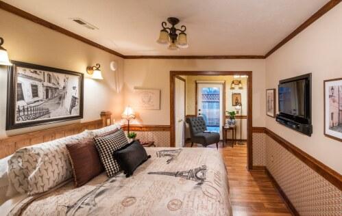 Double room-Ensuite-Standard-Azalea Room - Base Rate