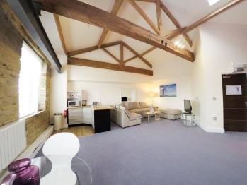 Castle Hill Suite