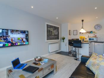 Central Belfast Apartments: Alfred Street - Bass Buildings 2 bedroom Apt.