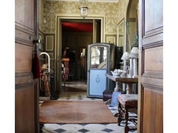 L'entrée du château d'Hodebert