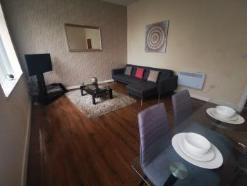 Apartment-Superior-Private Bathroom-2 Bedroom - Base Rate