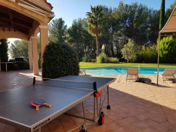 ping pong et piscine