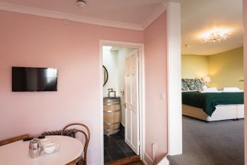 Langmoor Suite 8 - Sitting Area
