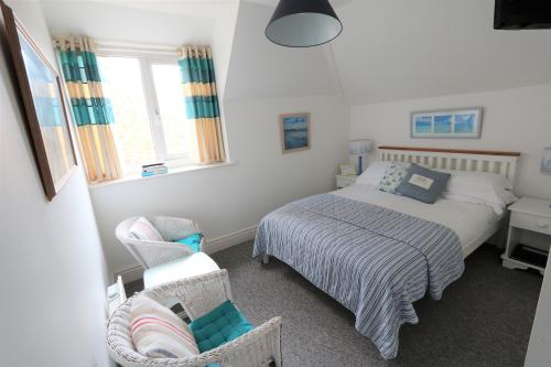 Double room-Standard-Ensuite with Shower-Non Sea View - 2nd Floor