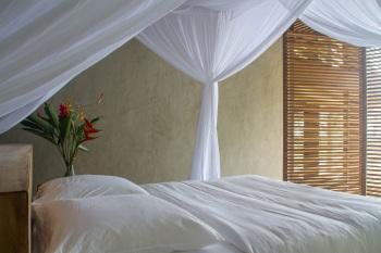 KA BRU River Rental Villa - Pool Suite Bedroom