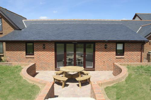 St Catherine's View - Superior Self-Catering Apartment with Countryside Views