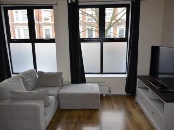 Central Comfort Serviced Apartments -