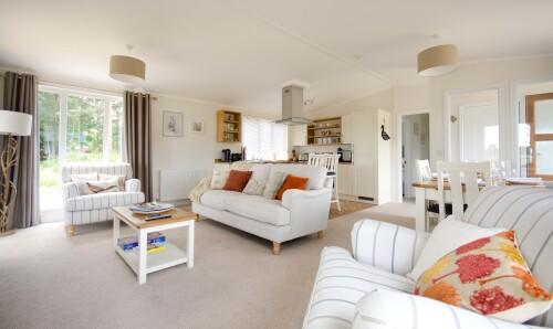 Luxury Lodge with Hot Tub - Dog Friendly
