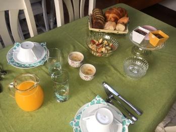 les charmes du petit pré-Grand salon-petit déjeuner