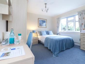Comfort Double Ensuite - Breakfast Included