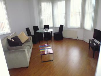 St Matthews Apartments - Hastings - Lounge