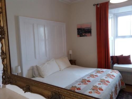 Double room-Ensuite with Shower - Double with shower