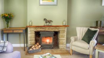 Cotswold Cottage Gems - Ivy Cottage - Sitting room with log burner